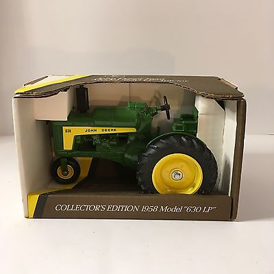 NEW ERTL John Deere 1958 Model 630 LP Tractor Collectors Ed.  #5590 DieCast 1/16