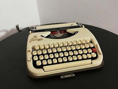 Vintage Princess 300 portable typewriter, in a very good working condition.
