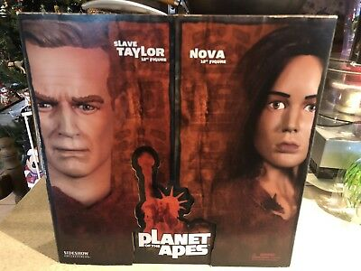 Sideshow Planet Of The Apes Slave Taylor & Nova 12 Inch Figure Set 1/6