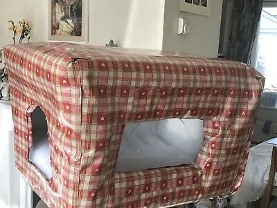 Outdoor Insulated Cat Box