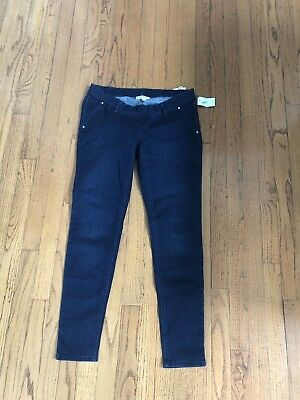 Jessica Simpson Maternity Under Belly Skinny Jeans - Size Medium