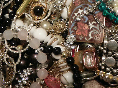 Estate Sale Lot of Vintage to Modern Jewelry, #851