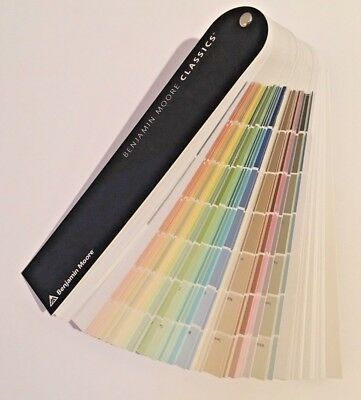 """2018 Benjamin Moore """"Classics""""  Paint Color Fan Deck - Opened but not used"""