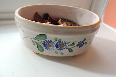 """""""St Clement France"""" Majolica Pottery PLANTER 6 1/4 LONG 4 1/2 WIDE. HAND PAINTED"""