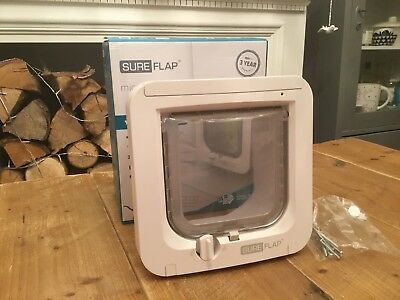 Sureflap microchip cat flap - white