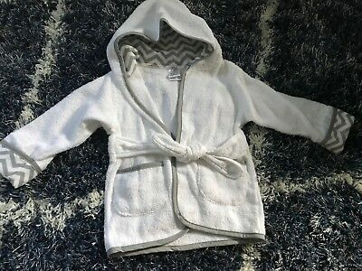 Baby Organic Cotton Bath Robe. Fits Size 0-9 Month