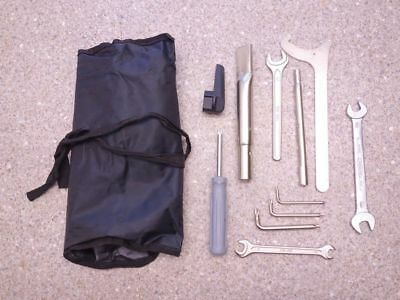 ORIGINAL Bord Werkzeug BMW R 1200 GS Adventure K25 toolkit 25.600km 04-11