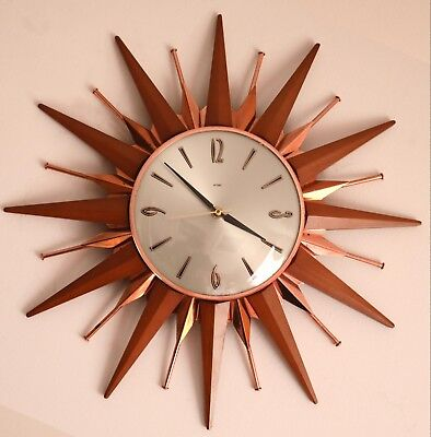 Vintage METAMEC Starburst Sunburst Retro Wall Mounted Battery Clock