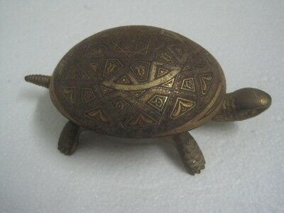 Antique table bell Shaped like a turtle in Bronze Pat: Nº19536 Nº 30366