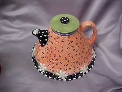 Vintage Mary Engelbreit TEAPOT Flared Bottom Pink and Black 8 Cups w Daisies VGC