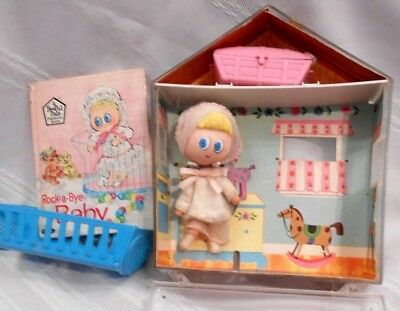 Rock a Baby Pee Pul Pals 5' Doll In Case & Story Book 1967