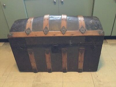 Antique Victorian Dome Top Steamer Trunk c.1885 Wood Tin Stagecoach L@@K!