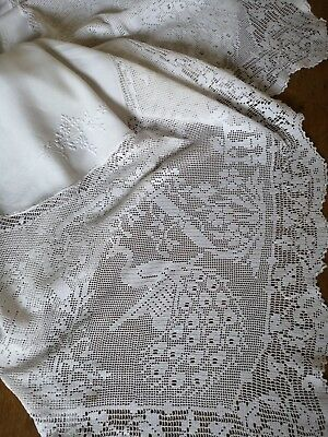 Vintage Hand Embroidered Mary Card Crochet Lace Linen Tablecloth ~ The Garden