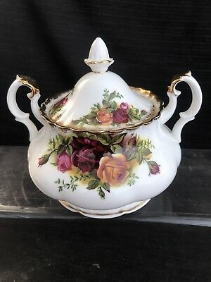 ROYAL ALBERT OLD COUNTRY ROSE Lidded Sugar Bowl 1st Quality