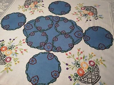 VINTAGE HAND EMBROIDERED IRISH LINEN TRAY CLOTH TABLE MAT SET x4~  PANSIES