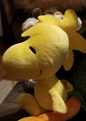 "12"" Cedar Fair Entertainment Peanuts Gang Snoopy Yellow Bird Woodstock Plush"