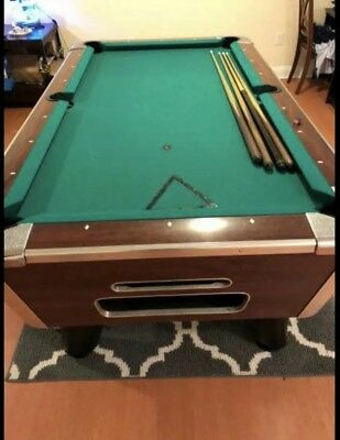 Valley pool Table Pro Pockets, New Rails And Felt 1 Year Old. Coin Operated