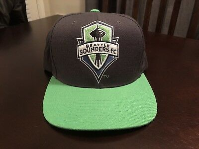 online store c8678 a1d60 Seattle Sounders FC Mitchell   Ness Gray Structured Flat Bill Snapback Hat