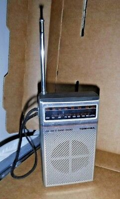 Toshiba FM/AM 2 Band Radio Model No. RP-1210F. Vintage Collectible. Working!