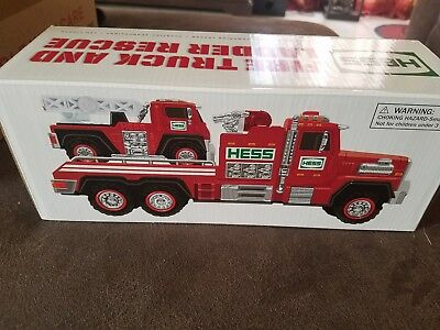 Hess 2015 Fire Truck & Ladder Rescue  New in Box