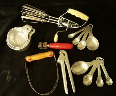 Vintage Kitchen Utensils - Measuring Cups / Spoons - Garlic Press - Hand Beater