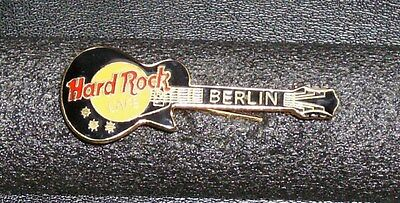Hard Rock Cafe Berlin Guitar Pin