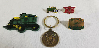 Vintage JOHN DEERE Hat Pin Magnet Key Chain Fob Lot Colfax, WI lawnmower tractor