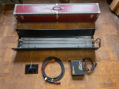Kino Flo Light (4ft 2 bank), Cable, Ballast, Case, Grid, Extra Bulbs! Free Ship!