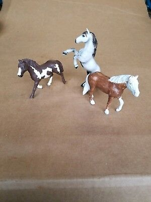 SCHLEICH horses ~ 3 horse lot  Previously loved..