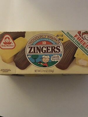 Vintage Rare '70s Dolly Madison Zingers Cake Box Snoopy Offer NM Cereal
