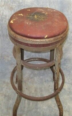 Metal Milking Stool Chair Kitchen Bar Industrial Age Workbench Vintage Seat a1