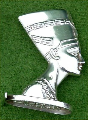 VINTAGE MINIATURE EGYPTIAN SILVER SEAL FIGURE - QUEEN NEFERTITI - 2.40 ozt