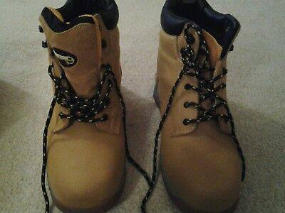 mens safety boots size 10..workwear pro..steel toe cap