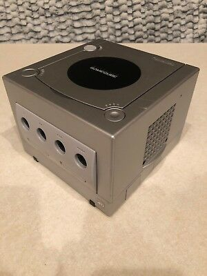 NINTENDO GAMECUBE DOL-101 silver CONSOLE ONLY Tested Platinum - Works!