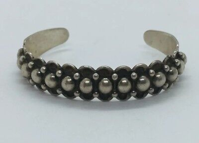 Vintage Navajo Native American Sterling Silver Studded Ball Arrow Cuff Bracelet