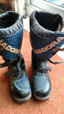 Size 38 motorcycle boots by Diadora in blue and black, Motorcross