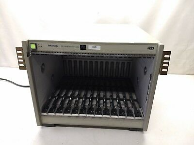 Tektronix VX1410 VXI Mainframe Intelliframe