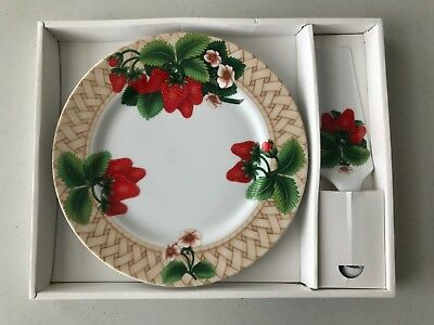 NIB Andrea by Sadek Strawberry Porcelain Cake Plate and Server Made in Japan
