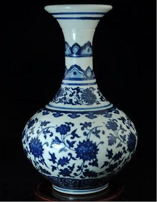 China Collection Blue And White Porcelain Hand Painted Flower Vase C01