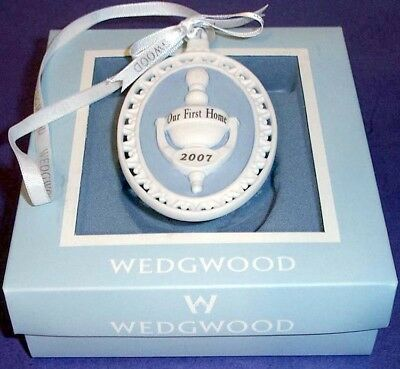 WEDGWOOD HOLIDAY ORNAMENT 2008 Our 1st Home 8400300
