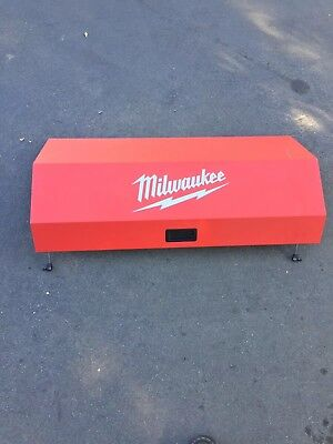 Milwaukee 46in 16 Drawer Steel Tool Chest Rolling Cabinet