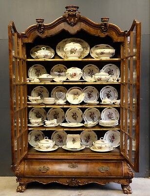 Antique Dutch Vitrinecabinet 19th C, including 77 pce German Dinner Service.