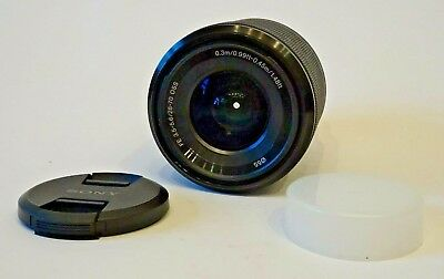 SONY SEL 2870 FE f/3.5-5.6 28-70 mm OSS LENS + Caps 6 Months old (UK Stock)