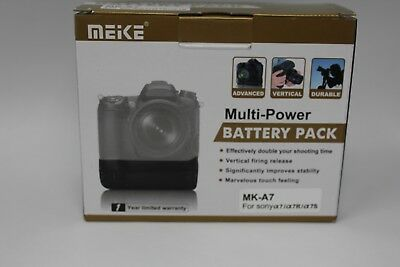 Meike MK-A7 Vertical Battery Grip Holder Pack for Sony A7, A7R, A7s