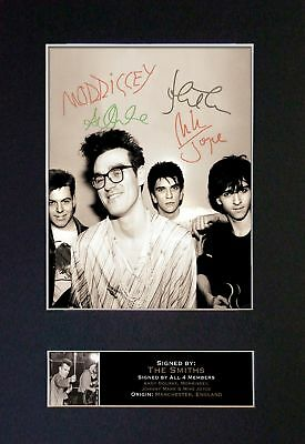 The Smiths / Morrissey *RARE* Signatures/Autographs - Mounted Photograph - MINT