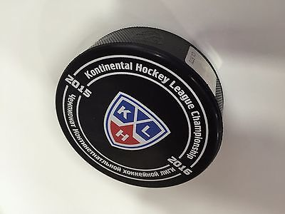 KHL official game puck.  2015-2016   EV