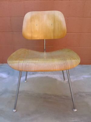 VINTAGE 1940s CHARLES & RAY EAMES DCM MOLDED BLOND PLYWOOD & METAL CHAIR