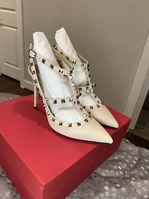 777892d7bd Valentino Rockstud Caged Pumps In Light Ivory Pebbled Leather Size 39 - New