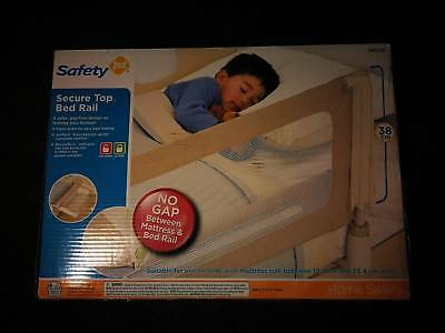 Brand new Baby bed rail safety 1st