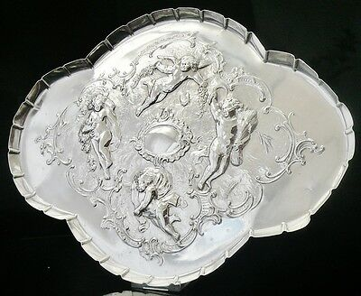 Silver Tray with Reynolds Angels, London 1901, Goldsmiths & Silversmiths Co Ltd